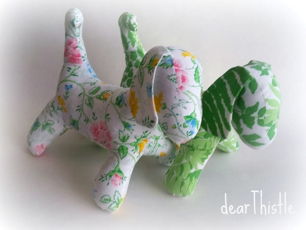 dearThistle - A couple of vintage sheet puppies